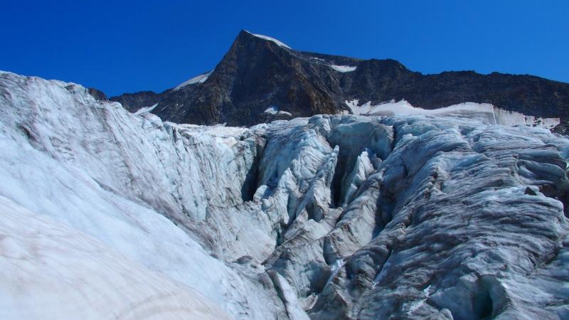 Castelli di ghiaccio, crepacci e voragini